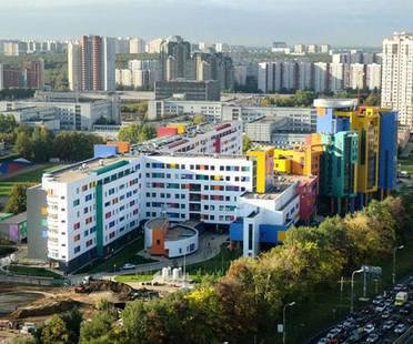Eiffelgres para la clínica pediátrica de Moscú