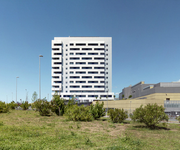 Valle Architetti, torre residencial y comercial en ROMA