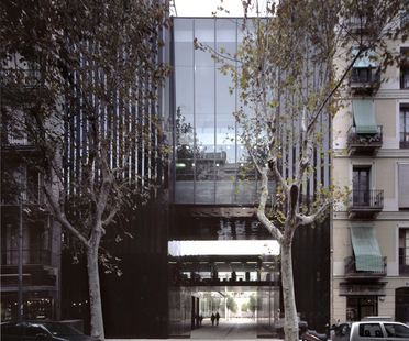 Exposiciónes Spain mon amour y Ruinas Modernas