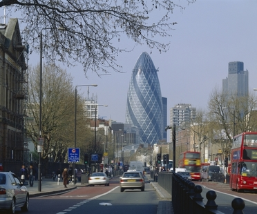 Foster, The Gherkin gana el CTBUH 10 Year Award