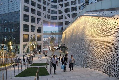Steven Holl Architects, Sliced Porosity Block  © Steven Holl Architects