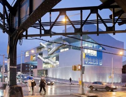Steven Holl Campbell Sports Center - Columbia University, Nueva York
