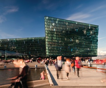 Exposición Europe's best Buildings - Mies van der Rohe Award 2013 - Vienna