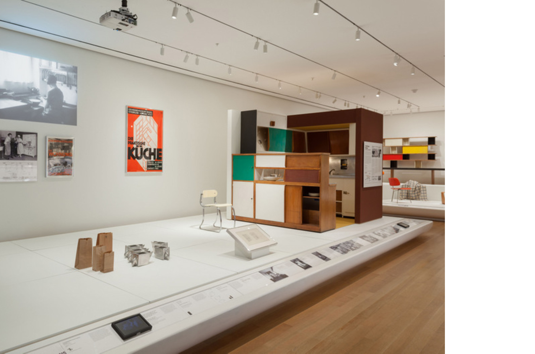 Exposición Designing Modern Women, 1890–1990 MoMA, Nueva York