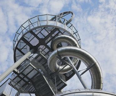 Carsten Höller: Vitra Slide Tower, un nuevo edificio para el Vitra Campus