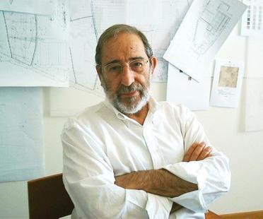 El arquitecto Álvaro Siza dona parte de su archivo