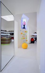 Alvisi Kirimoto + Partners: Davide Cenci Junior Store, Roma