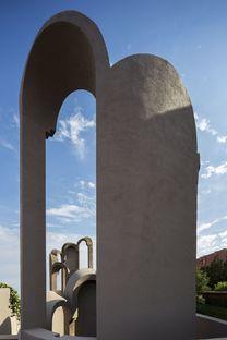 Ricardo Bofill y La Fábrica, su estudio en una antigua fábrica de cemento