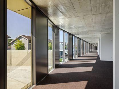 2b Architectes y las oficinas Jolimont Nord en Mont-sur-Rolle