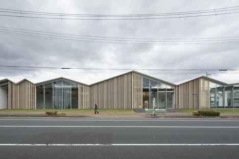 Kengo Kuma proyecta el centro comunitario Towada City Plaza