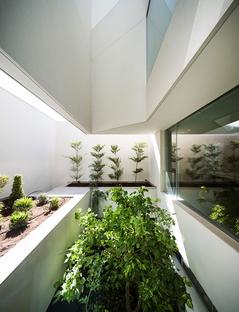 Wall House de AGi Architects en Khaldiya (Kuwait City)