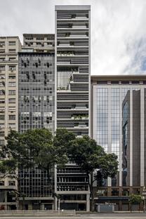 RB12 de Triptyque y la recalificación de Rio de Janeiro