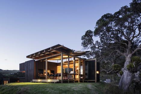 Herbst Architects: Castle Rock Beach House al norte de Auckland