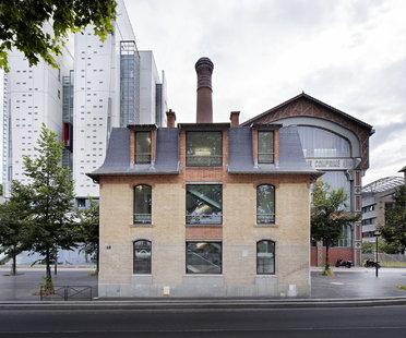DATA architects restaura la maison du directeur para Semapa