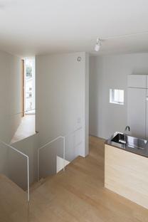 Takuro Yamamoto Architects: casa con 30.000 libros en Tokio