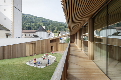 Feld72 Architekten y la guardería infantil en Valdaora di Sotto, Italia