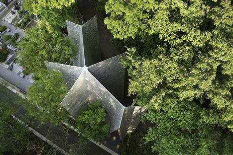 Nakamura & NAP: Sayama Forest Chapel y la estructura gassho