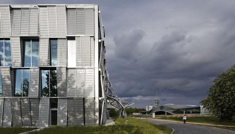 Dominique Perrault: reforma del edificio ME en el EPFL de Lausana