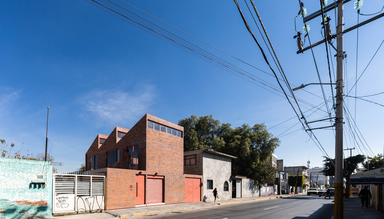 DOSA STUDIO: Casa Palmas en Texcoco, México