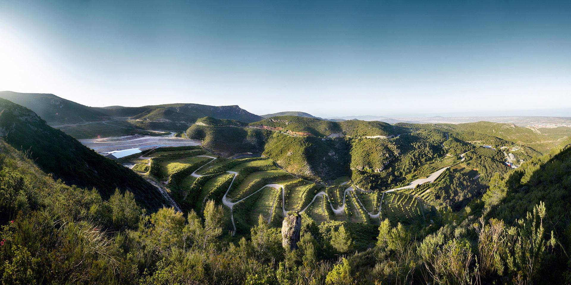 Batlle i Roig: restauración paisajística del vertedero del Garraf