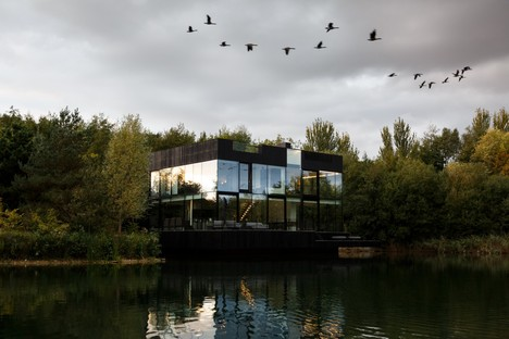Glass Villa on the Lake de Mecanoo