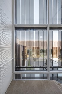 Taller9s: Centro Cultural de Sant Sadurní con biblioteca y archivo
