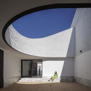 Studio Wet: Casa Borrero en Alosno y el pragmatismo crítico<br />