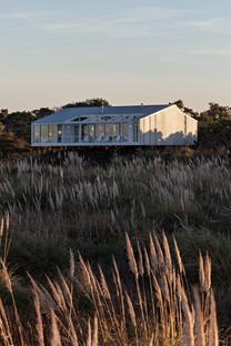Casa RM de Alric y Galindez, entre la Pampa y el Océano Atlántico