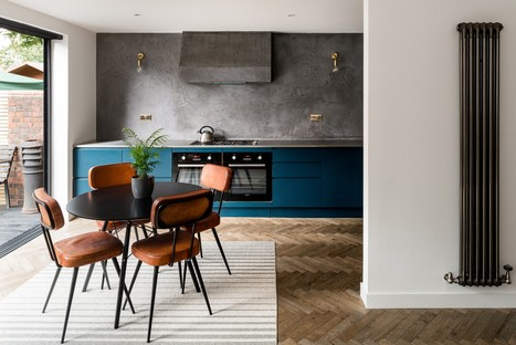 Casa de dos pisos y medio de Bradley Van Der Straeten Architects