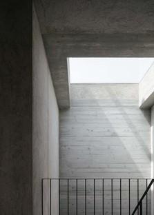 """Archisbang: """"Il Generale"""" casa en Ivrea, Italia"""