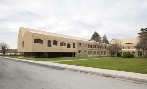 Vaillo+Irigaray: Ampliación de centro psiquiátrico, Pamplona