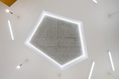 No Architects: Recalificación de la guardería Malvína en Karlín