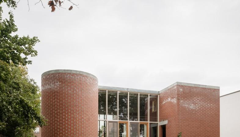 BLAF Architecten: casa para una familia de Malinas, en Flandes