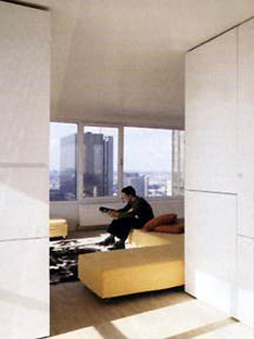 Karel Vandenhende, appartement +24, Madou, Bruselas