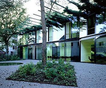 Herzog & De Meuron<br> Edificio para el Márketing Ricola, Laufen, 1997-1999