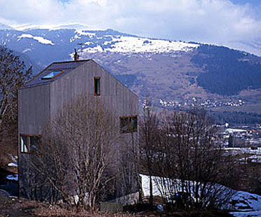 Valentin Bearth, Andrea Deplazes<br> Casa Unifamiliare Willimann A Sevgein, Svizzera, 1997-98