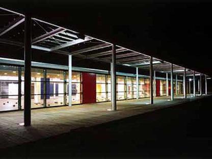 5 + 1, Chaix Morel: transformación del Cuartel Bligny en Universidad, Italia, 1997