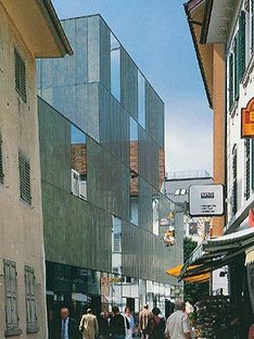 Migros Shopping Center, Lucerna, Suiza