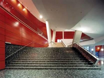 El nuevo Luxor Theatre de Rotterdam