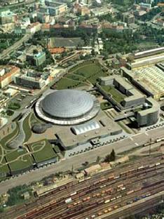 Sazka Arena - Praga<br> 2004 - Helika Praga