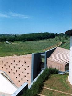 Bodegas Coltibuono. Monti in Chianti (Siena)Sartogo y Grenon. 1999