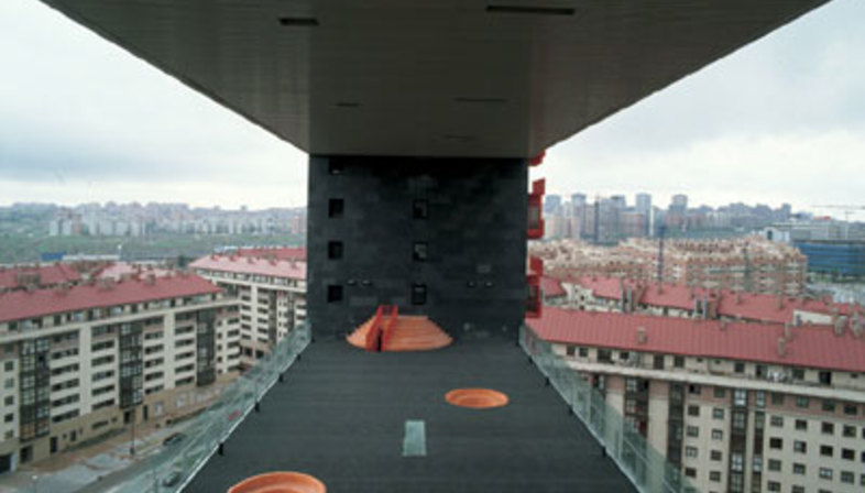 Edificio para viviendas Mirador<br> MVRDV + Blanca Leó<br> Madrid, 2005
