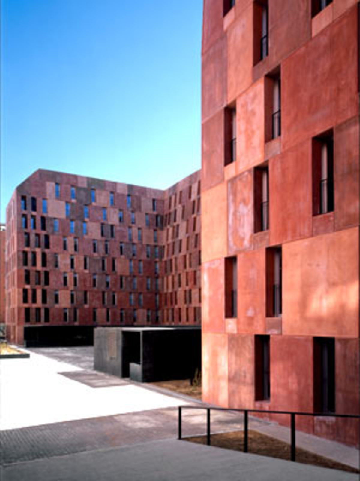 David chipperfield viviendas de la emv empresa municipal for Chipperfield arquitecto