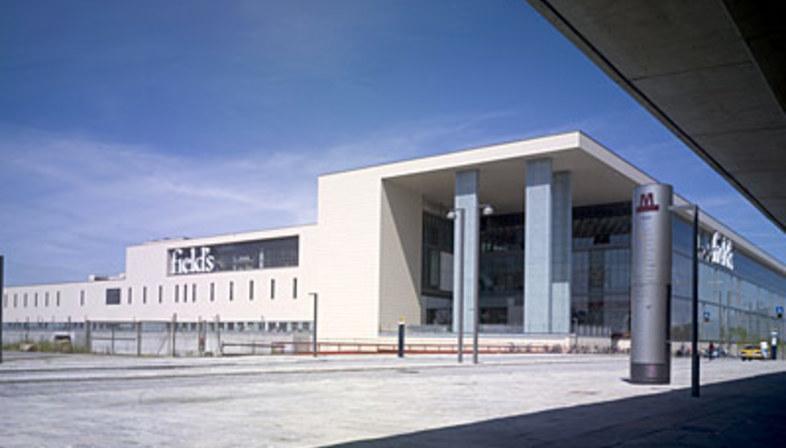 Centro Comercial y de Entretenimiento Field's