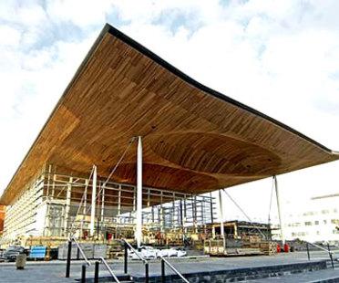 Asamblea Nacional de Gales <br> Richard Rogers PartnershipCardiff, en construcción