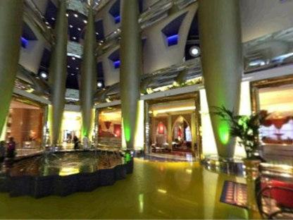 Hotel Burj al Arab, Thomas Wills Wright. Dubai. 1999