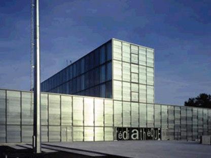 Mediateca de Vénissieux. Dominique Perrault. 2001