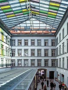 Ayuntamiento de Innsbruck. Dominique Perrault. 2002
