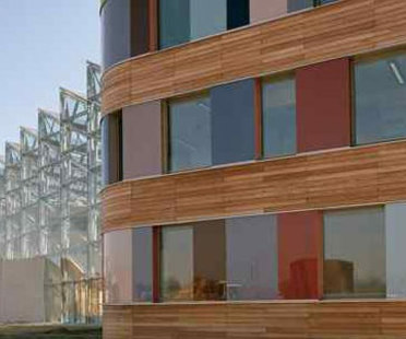 Ministerio de Medioambiente. Dessau. Sauerbruch y Hutton. 2005