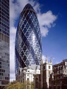 Torre Swiss Re. Foster and Partners. Londres. 2004